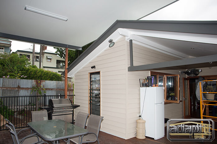 Deck, Patio & Art Studio in Kelvin Grove