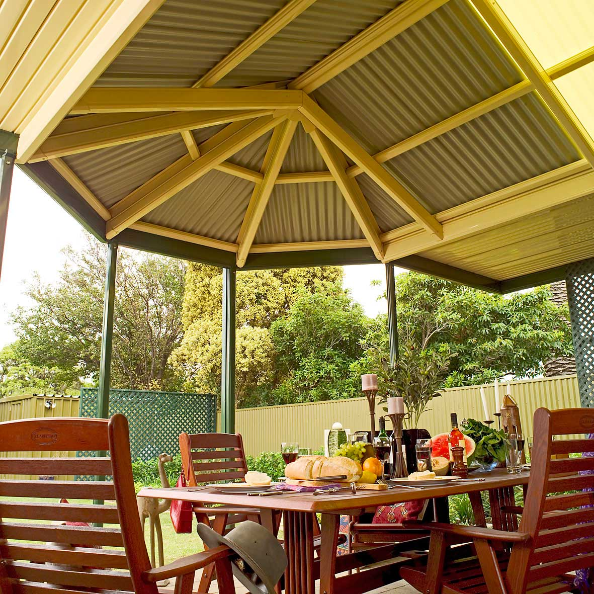 Hip & Curved Patios
