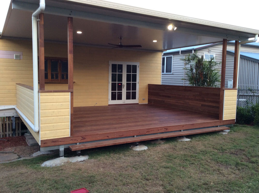 Floating Deck with Flat Roof